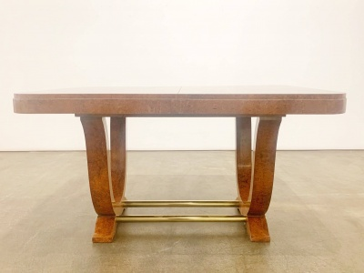 Dining table with central extension leaf