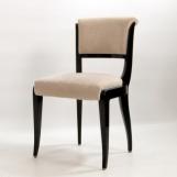 8 Stühle